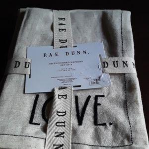 Rae Dunn Cloth napkins